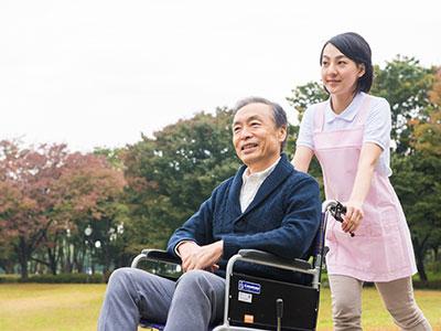 【福井県/福井市】老人保健施設の介護職・ヘルパーの募集です(ksk6401)