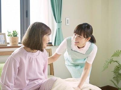 【岡山県/岡山市東区】老人保健施設の介護職・ヘルパーの募集です(ksk6846)