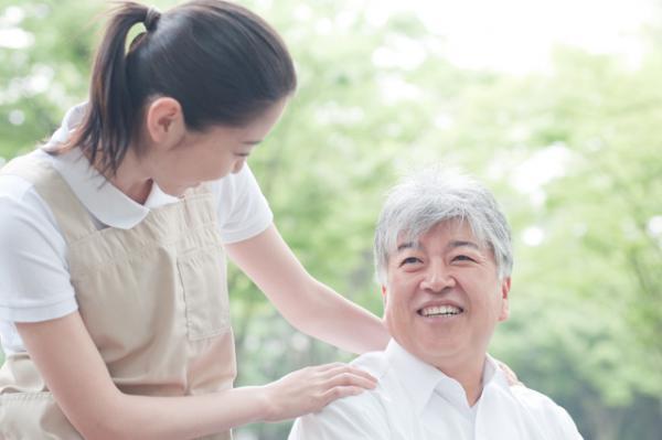 佐賀県佐賀市にある、住宅型有料老人ホームでの介護士募集♪株式会社パラディ 住宅型有料老人ホームかわそえ